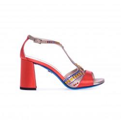 LORIBLU Czerwone sandały z kolorowymi cyrkoniami