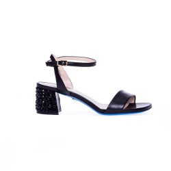 Czarne skórzane sandały na obcasie LORIBLU